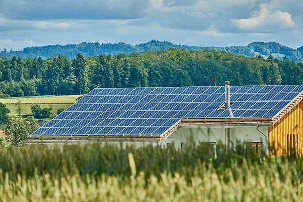 solar-v-poleto